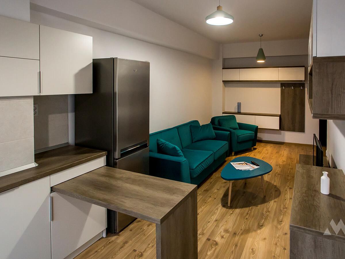 Open space, la bloc|Apartament mic - open space