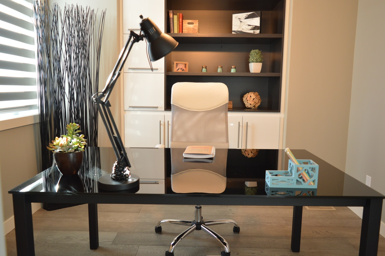 amenajarea-biroului-piese-mobilier