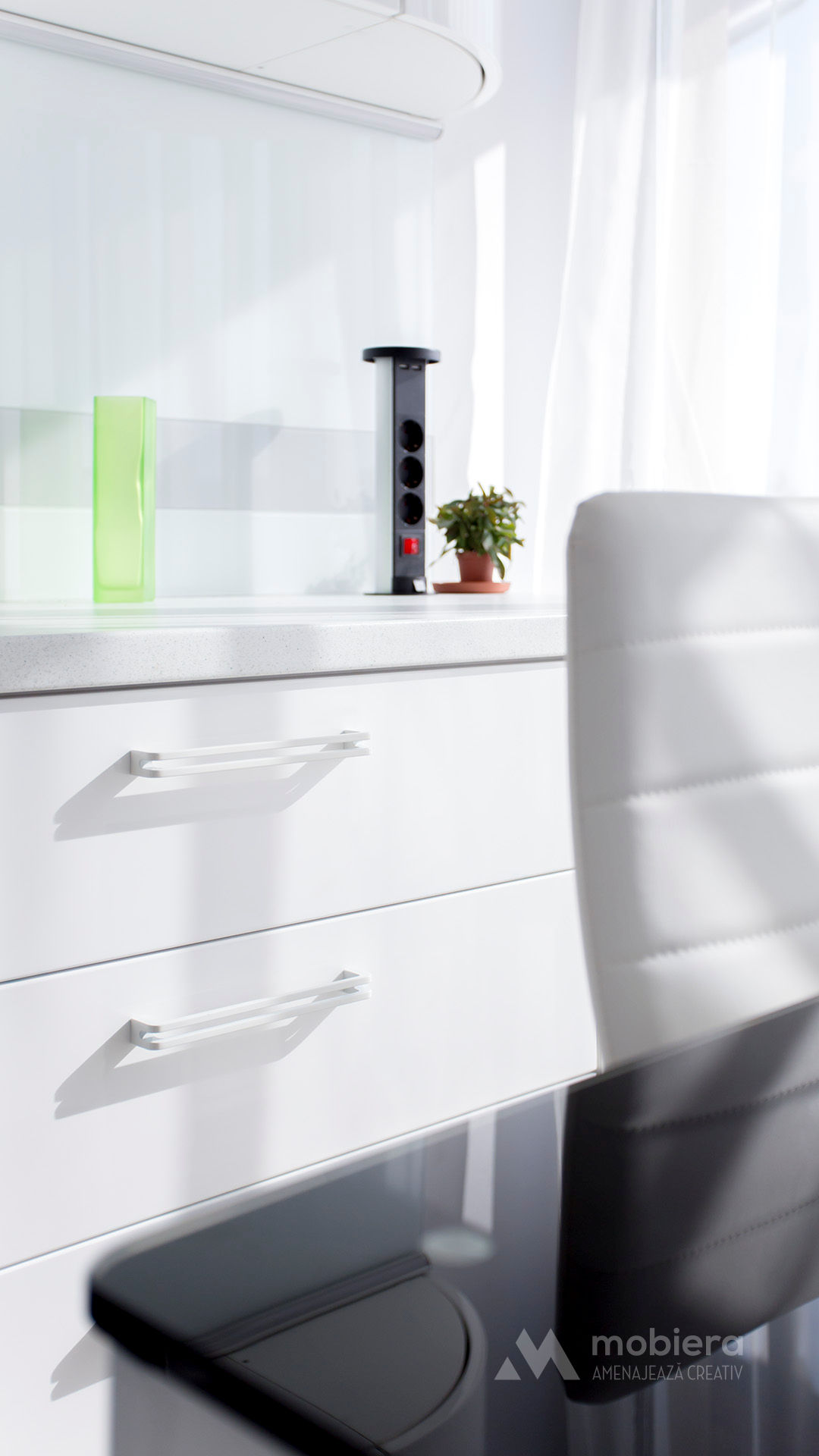 mobila bucatarie – fronturi curbe