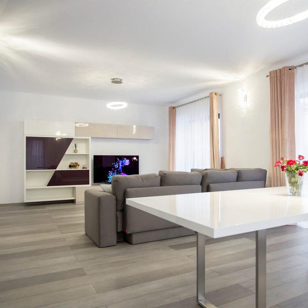 Mobila living-room – ultra violet