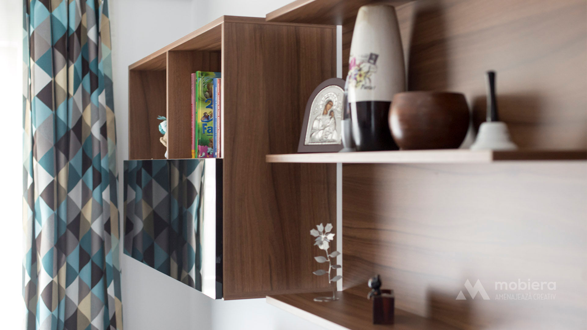 Mobila living-room – Nuc & antracit